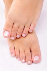 Làm thế nào để có đẹp và feet: 5 tự nhiên, lời khuyên